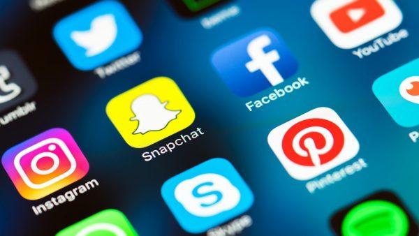 sosial media sekolah